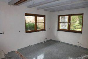 Deckenbalkenbeschichtung und Verarbeitung eines Kalkputzes