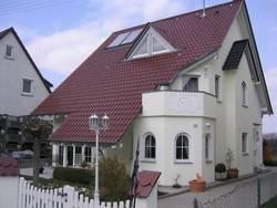 Dekorative Arbeiten an Außenfassade und Innenfassade
